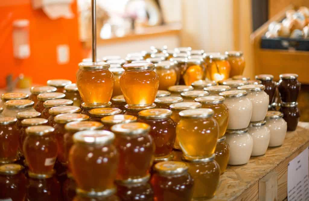 Large assortment of honey and similar syrups